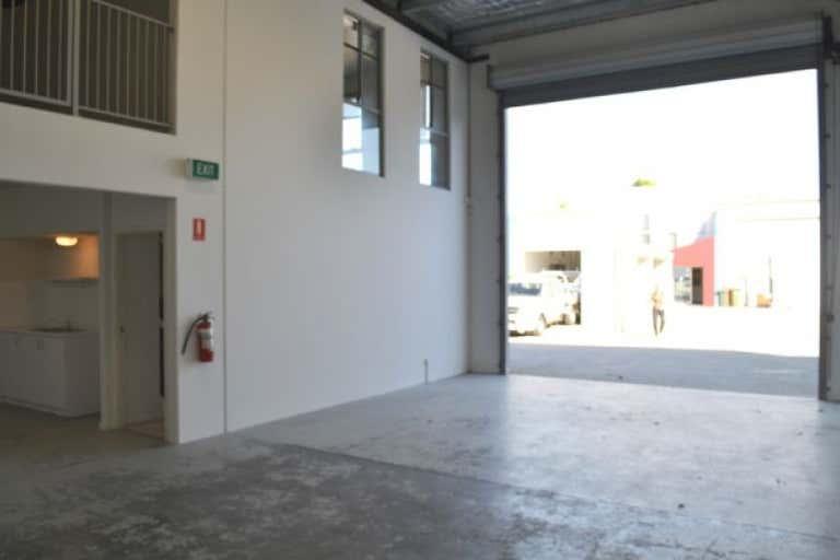 2/5 McPhail Road Coomera QLD 4209 - Image 4