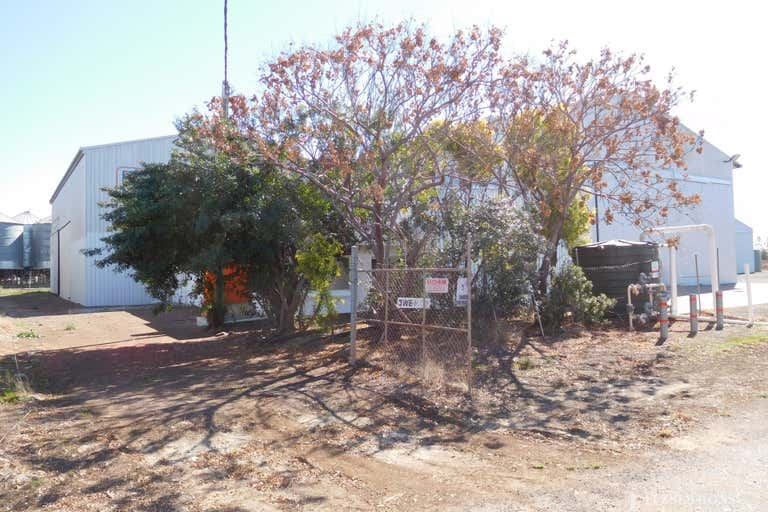 2 & 4 Trade Court Dalby QLD 4405 - Image 2