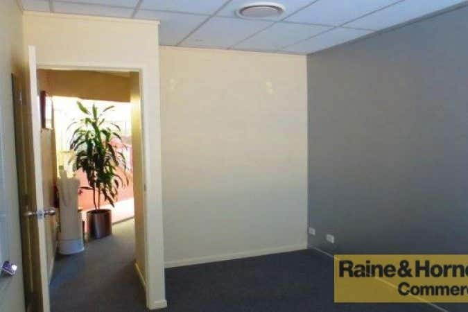 Suite 38, 120 Bloomfield Street Cleveland QLD 4163 - Image 2
