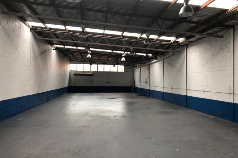 Unit 2, 15 Bonnal Road Erina NSW 2250 - Image 4