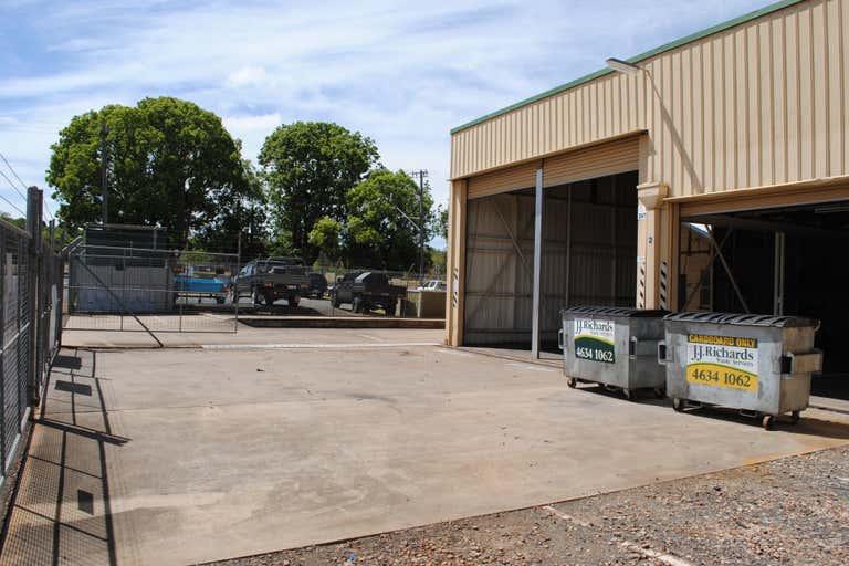2 Laurel Street (137 Hume Street) Toowoomba City QLD 4350 - Image 1