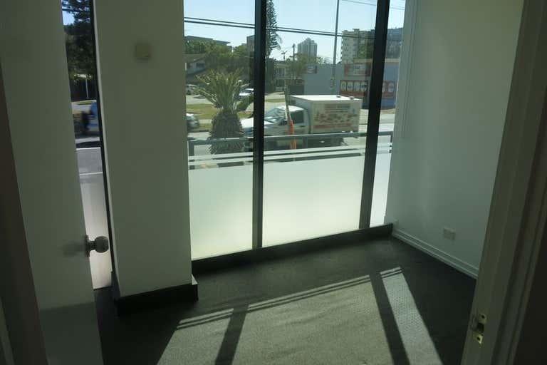 Ground, 1A/ 34 Thomas Drive Chevron Island QLD 4217 - Image 4