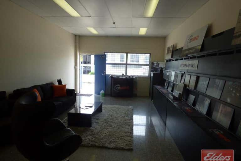 Unit 1, 1/11 Didswith Street East Brisbane QLD 4169 - Image 4