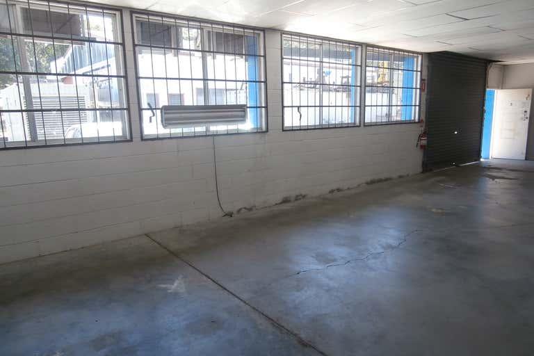 6/8 Chrome Street Salisbury QLD 4107 - Image 2