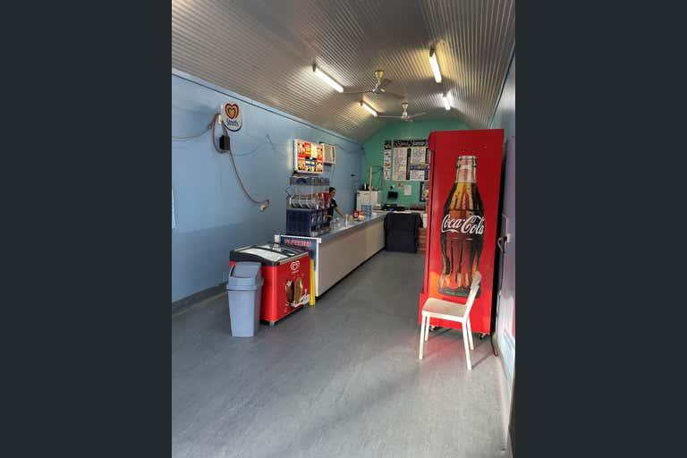 46 Broad Street Sarina QLD 4737 - Image 4