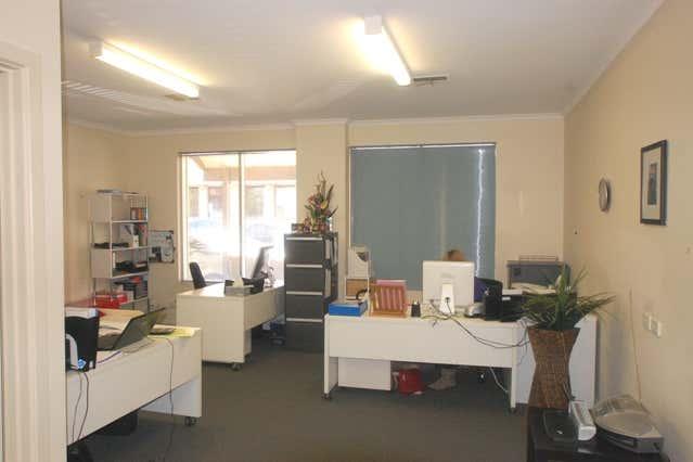 17 Robe Street Port Adelaide SA 5015 - Image 2