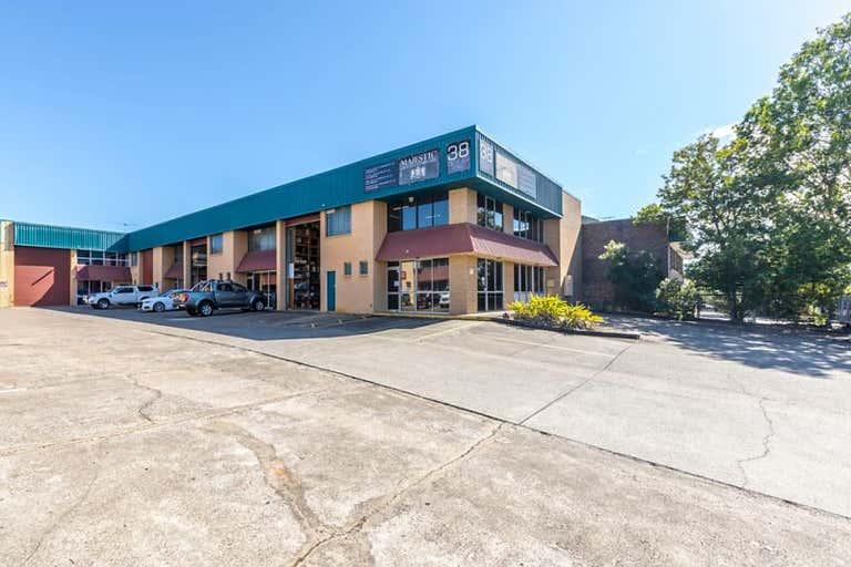 1/38 Devlan Street Mansfield QLD 4122 - Image 1