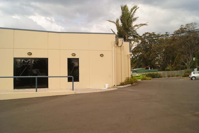 3/4 Tourist Road East Toowoomba QLD 4350 - Image 1
