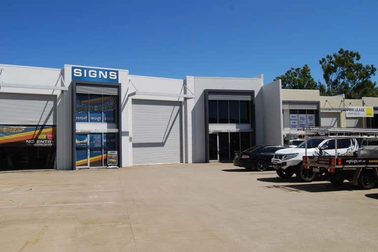 5/8 Myer Lasky Drive Cannonvale QLD 4802 - Image 2