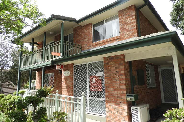 1/123 Balgownie Road Balgownie NSW 2519 - Image 2