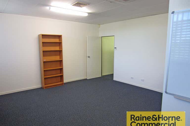 Suite 1/32 Hayward Street Stafford QLD 4053 - Image 2