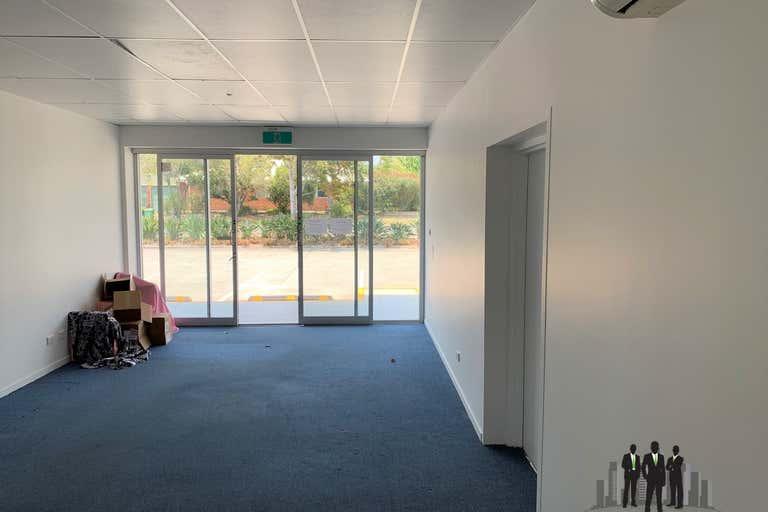 1A/57 Ashmole Rd Redcliffe QLD 4020 - Image 3