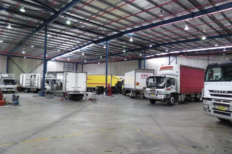 31 Liberty Drive Huntingwood NSW 2148 - Image 2