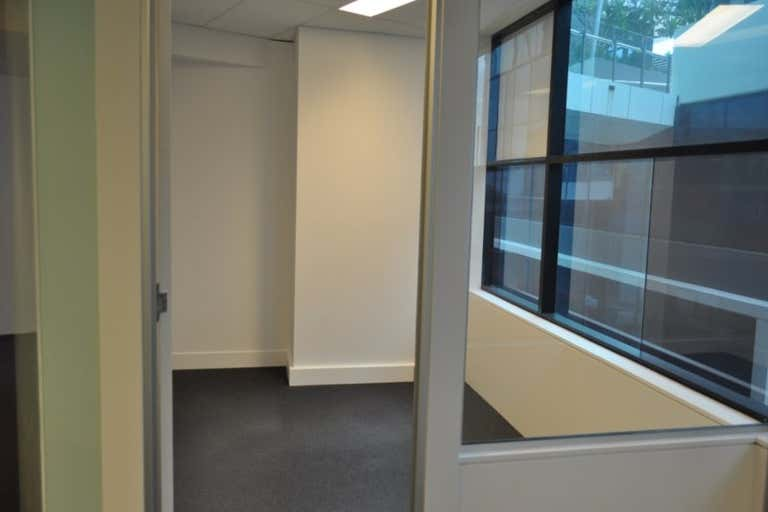 64sqm* Southport Central Office - Image 4