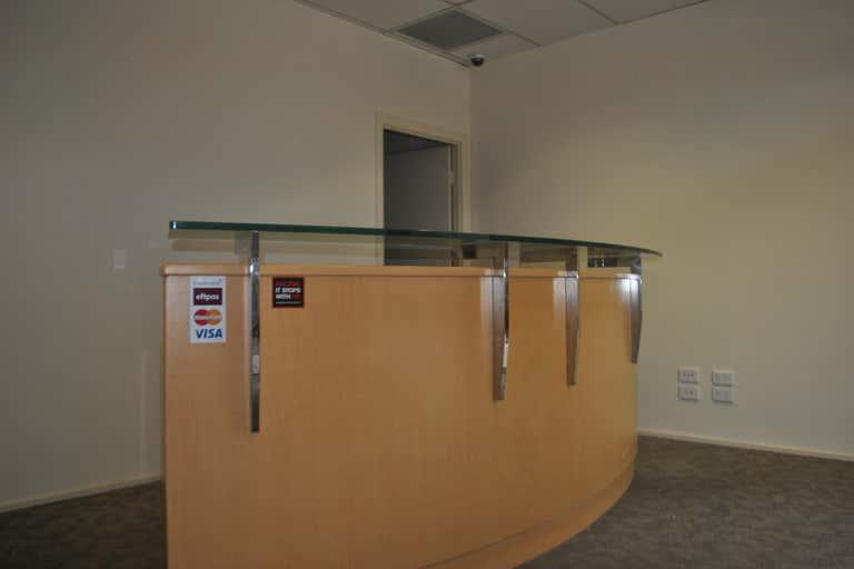 Unit 4/80 Wembley Rd Logan Central QLD 4114 - Image 3