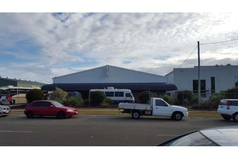 14 Demand Avenue Arundel QLD 4214 - Image 2