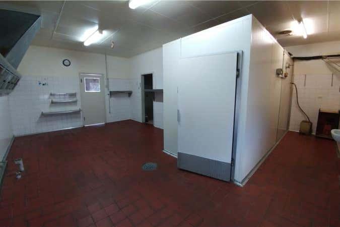 2/11 Doric Street Scarborough WA 6019 - Image 3