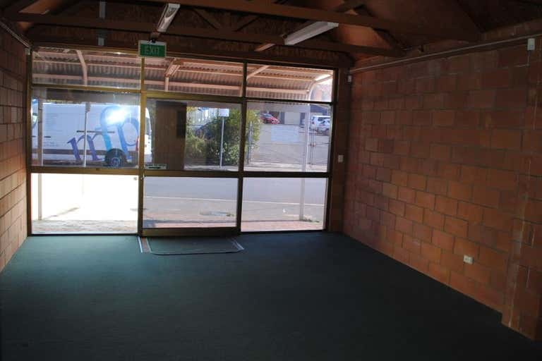2/6 Station Street Toowoomba City QLD 4350 - Image 2