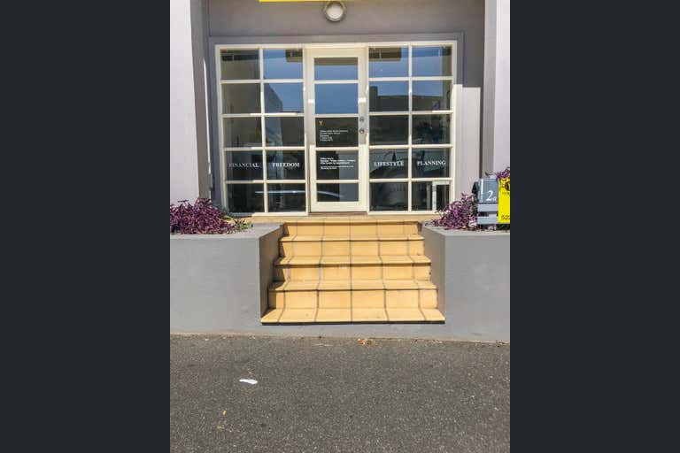 2a/242 Ryrie Street Geelong VIC 3220 - Image 1