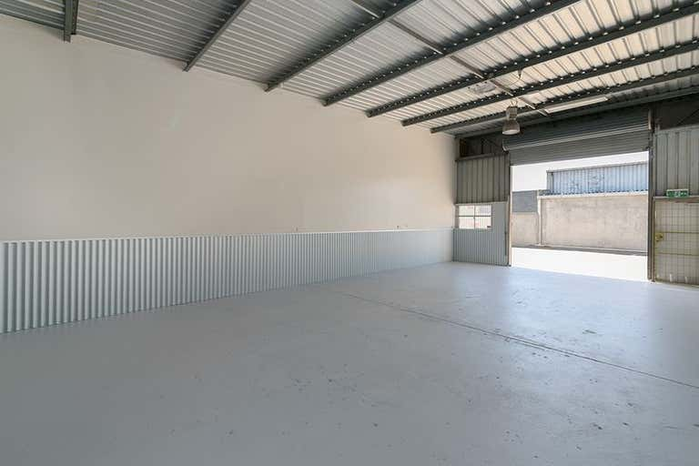 4/4 Lochlarney Street Beenleigh QLD 4207 - Image 4