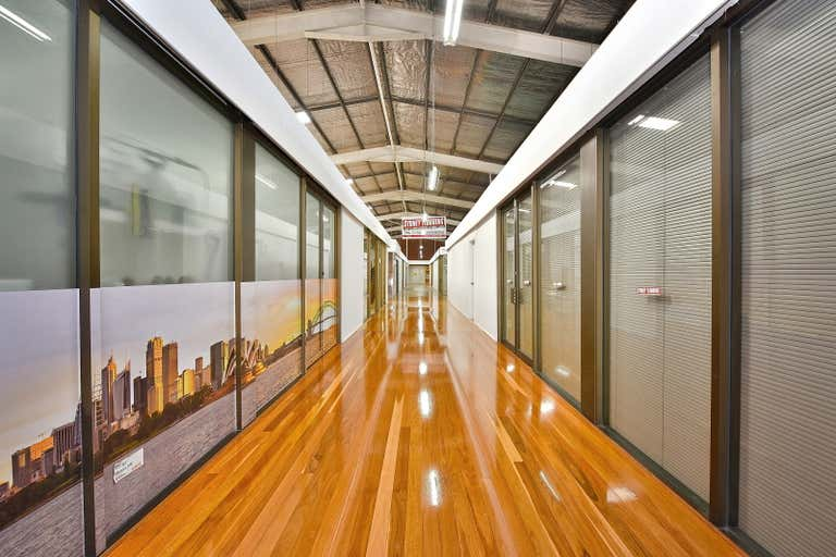 Unit 2, 21-23 Governor Macquarie Dr Chipping Norton NSW 2170 - Image 3