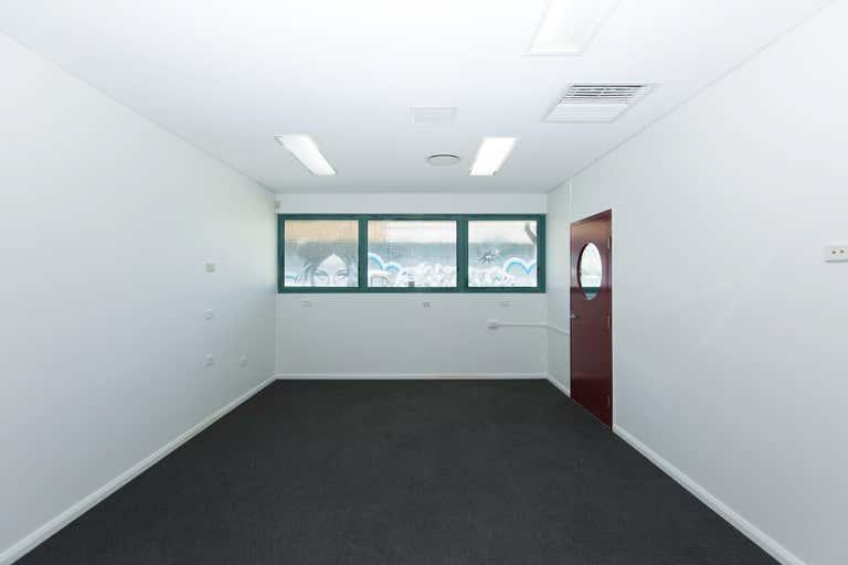 2a/10 Centennial Cct Byron Bay NSW 2481 - Image 3