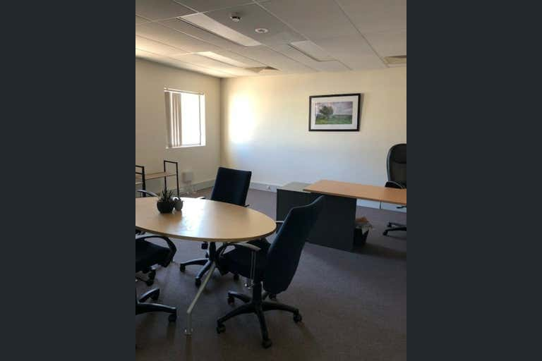 Suite 5 first floor, 120 Erina Street Gosford NSW 2250 - Image 2