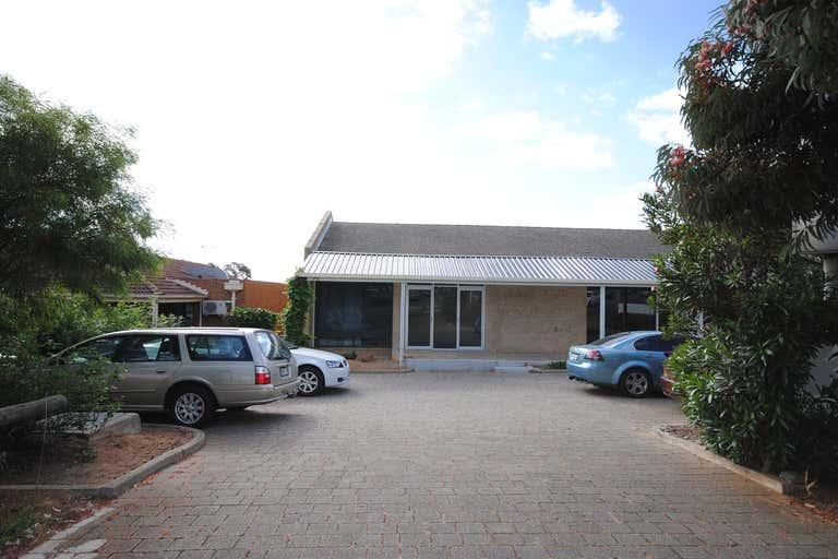 2/3 Wilkinson Road Para Hills SA 5096 - Image 1
