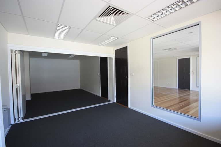 1/1/162 John Street Singleton NSW 2330 - Image 3