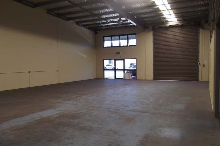 6/25 Transport Avenue Paget QLD 4740 - Image 2