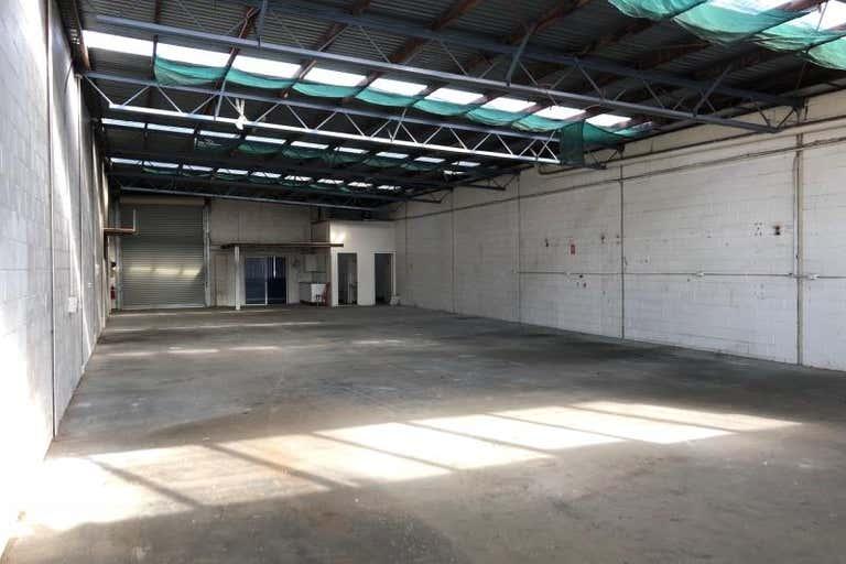 Unit 1, 15 Bonnal Road Erina NSW 2250 - Image 3