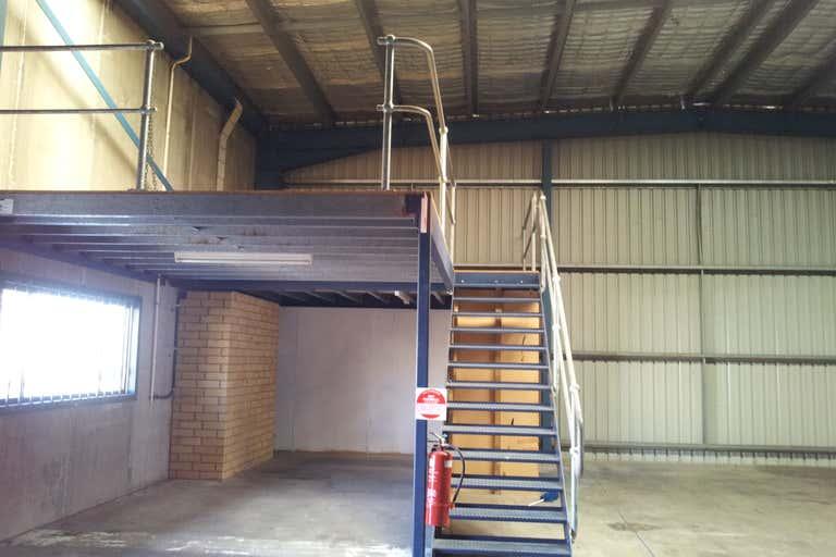3/25 Arizona Road Charmhaven NSW 2263 - Image 2