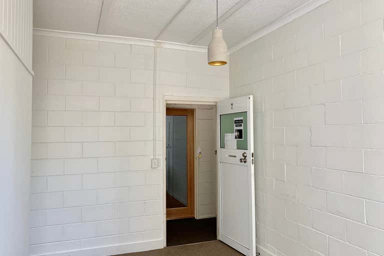 First Floor, 7/13 Grice Avenue Paradise Point QLD 4216 - Image 3