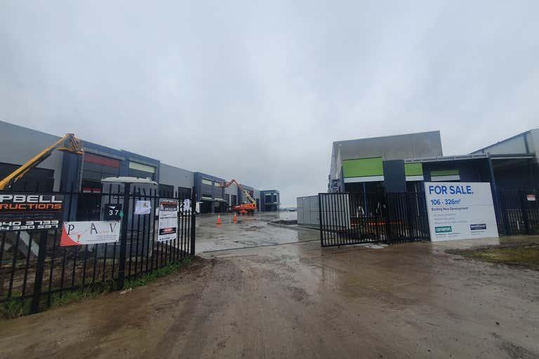 9/37 Industrial Circuit Cranbourne West VIC 3977 - Image 4