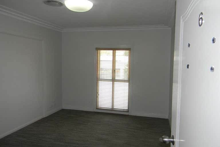 6/1726 Gold Coast Highway Burleigh Heads QLD 4220 - Image 2