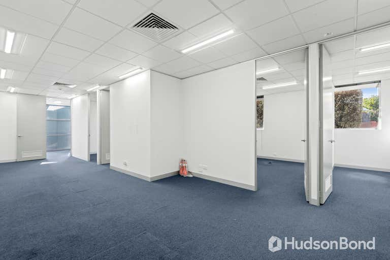 1/935 Station Street Box Hill Central VIC 3128 - Image 4