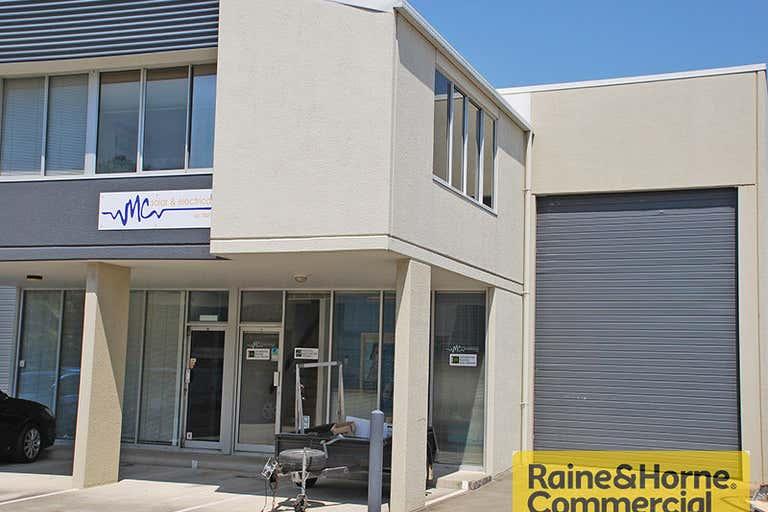 11/29 Links Avenue Eagle Farm QLD 4009 - Image 1