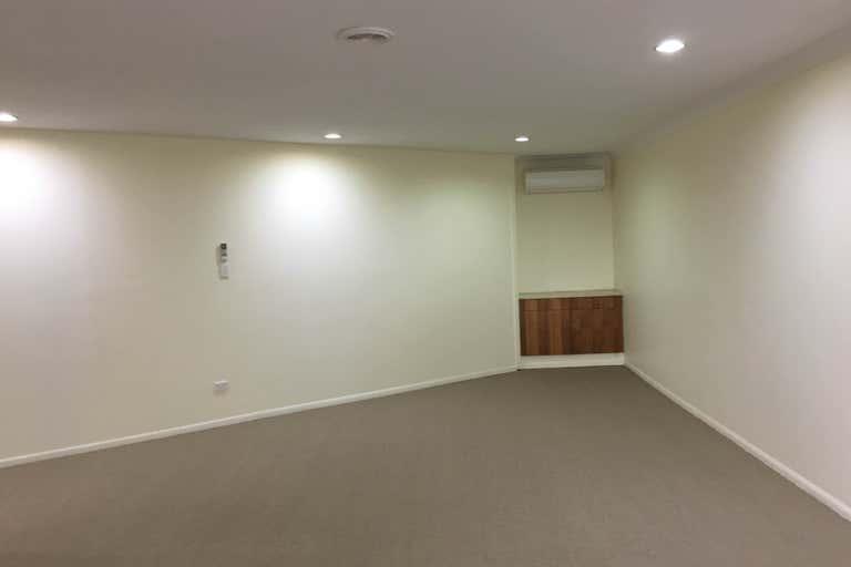 Robina QLD 4226 - Image 2