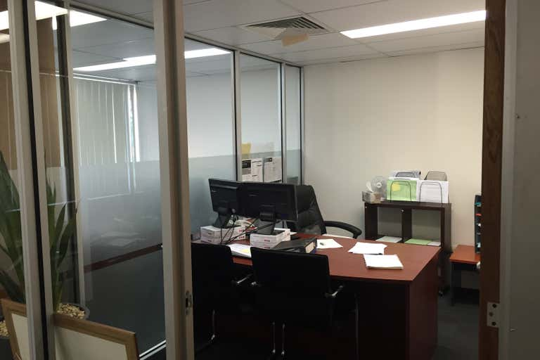 5/20 Welch Street Southport QLD 4215 - Image 1