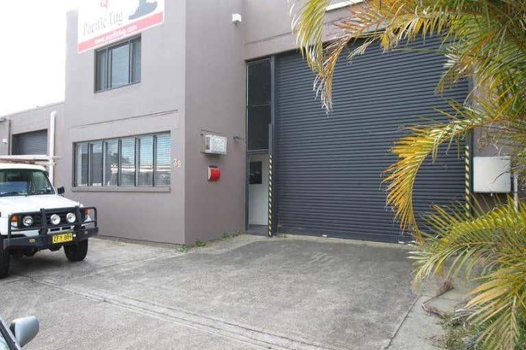 39 Harrison Street Maryville NSW 2293 - Image 1
