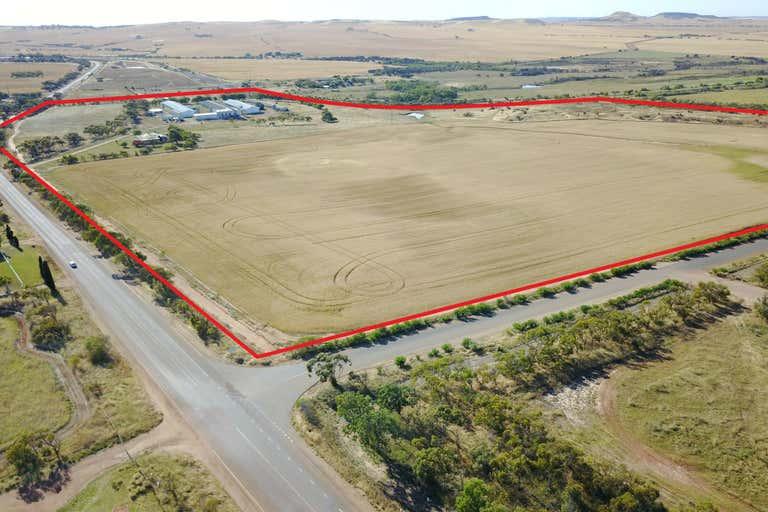 1036 Geraldton Mount Magnet Road Moonyoonooka WA 6532 - Image 3