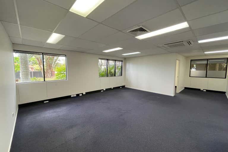 G1/109 Upton Street Bundall QLD 4217 - Image 1