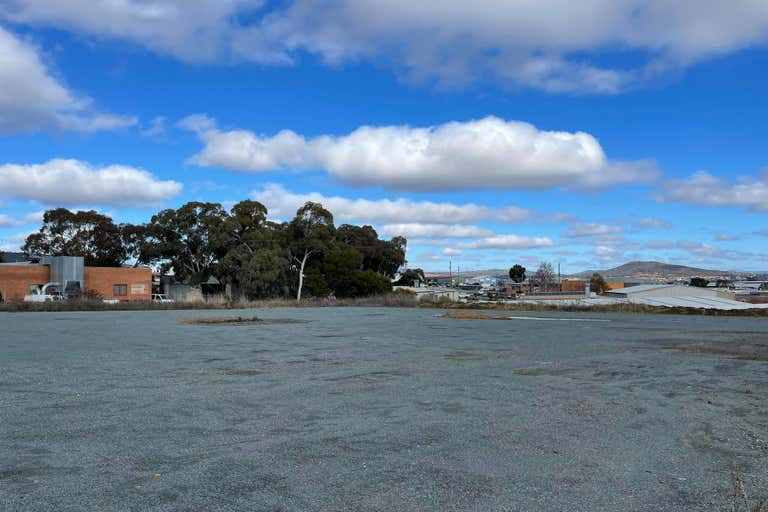 6a Barrow Place Queanbeyan East NSW 2620 - Image 2