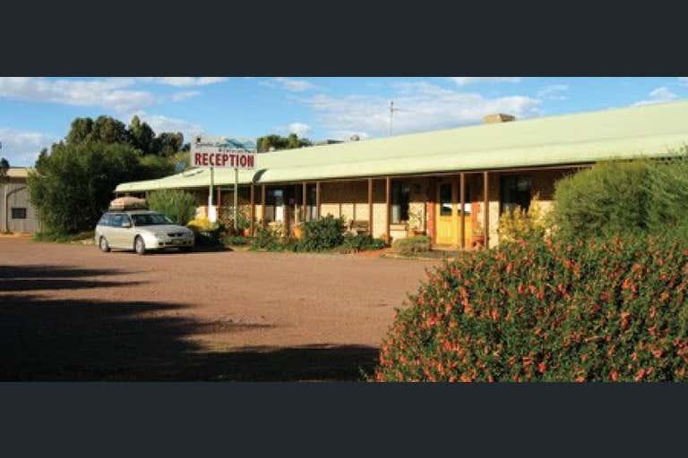 Gawler Ranges Motel & Caravan Park, 72-80 Eyre Highway Wudinna SA 5652 - Image 3