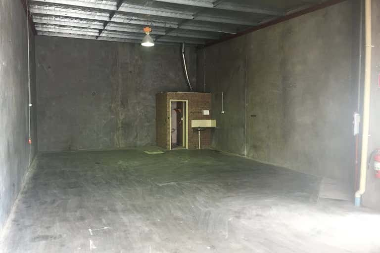 Unit 2/24  Vale Street Malaga WA 6090 - Image 3