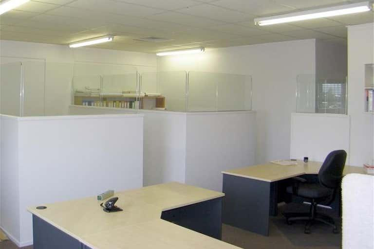 Gladstone Central QLD 4680 - Image 3