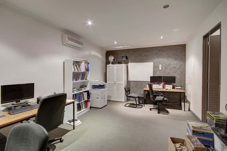 3/2 Fenwick Street South Geelong VIC 3220 - Image 4