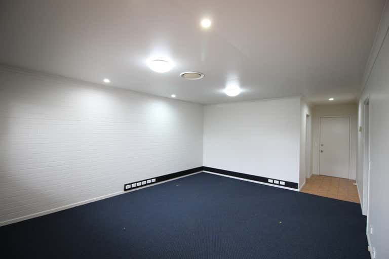 Suite 3, 136 - 140 Russell Street Toowoomba City QLD 4350 - Image 4
