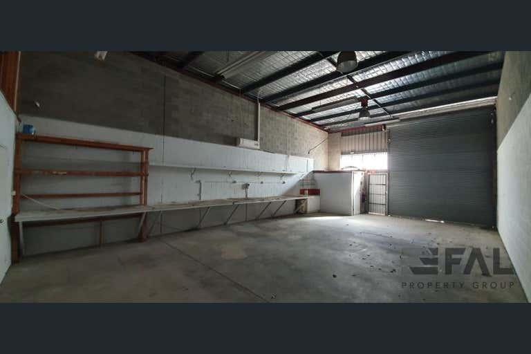 Unit  2, 18 Spine Street Sumner QLD 4074 - Image 2