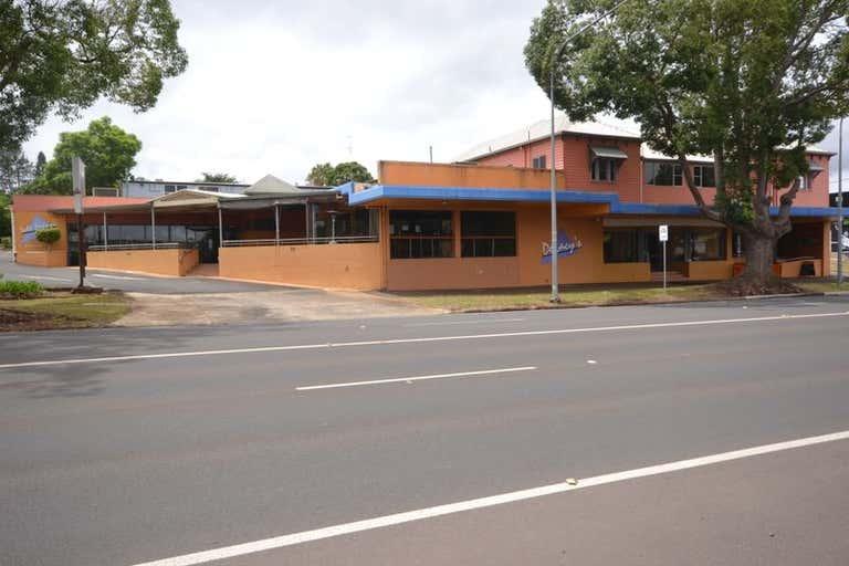 220 Ruthven Street North Toowoomba QLD 4350 - Image 2